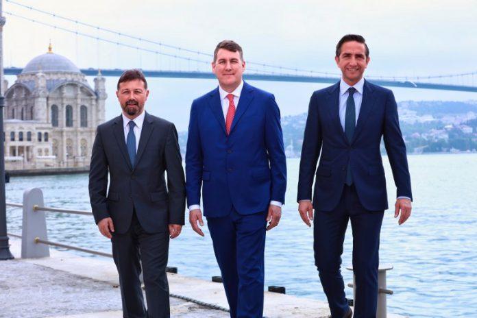 Toplantı, Vodafone Türkiye İcra Kurulu Başkan Yardımcısı Derya Hatiboğlu tarafından 2016-17 finansal verilerinin paylaşılmasıyla sona erdi.