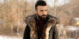 """Söz ve müziği kendisine ait son single çalışması """"Aşk Diye Soludum"""" ile müzik listelerinin zirvesine tırmanan Emre Kaya, en güzel eserlerini bu kez İstanbullu sevenleri için seslendirecek."""