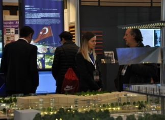 """TG Expo Yönetim Kurulu Başkanı Gönül Akyıldız, """"TG Expo olarak 2008 yılından beri uluslararası fuarcılıkta edindiğimiz tecrübe ile uluslararası standartları Türkiye'ye getirmek amacıyla bu yıl yurt içi fuarcılık sektörüne giriş yaptık."""