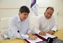 Büyükşehir Belediyesi olarak Sivil Toplum Örgütleri, Meslek Odaları ile çok önemli projeleri gerçekleştirdiklerini belirten Başkan Türel, şunları söyledi.