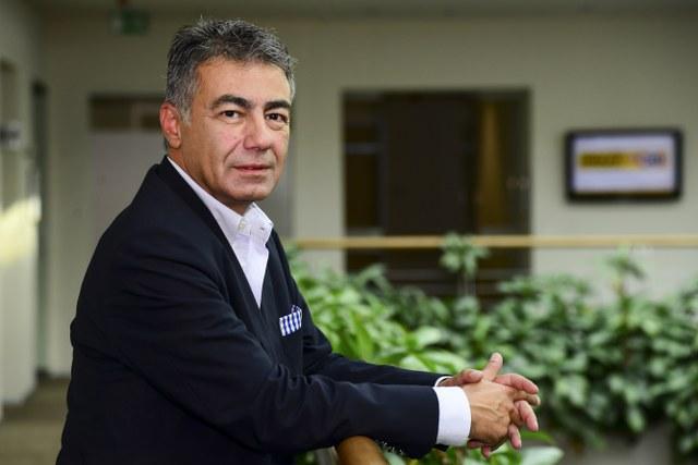 5 Oyak Renault Mühendislik Direktörlüğü çalışanı Algılanan Kalite dalında en iyi mühendislik uygulaması ödülü aldı.